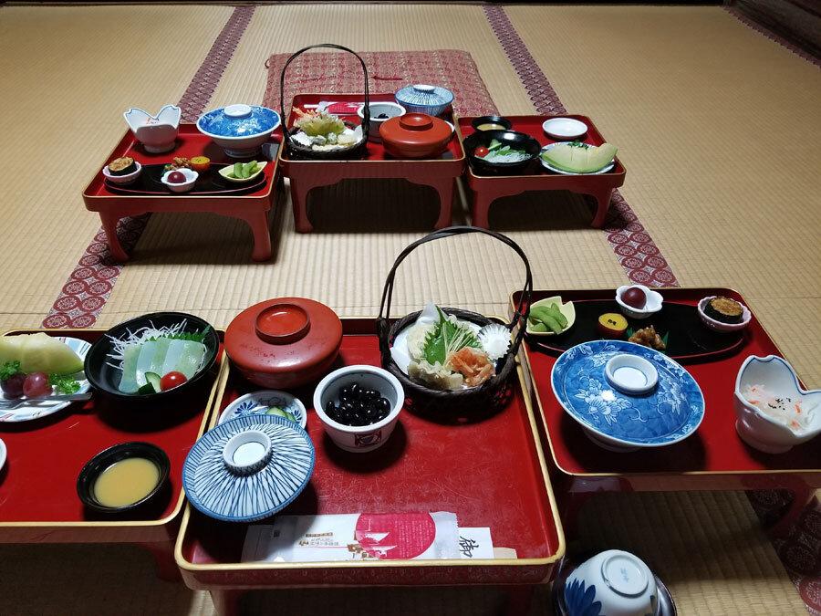 Shojin ryori (Vegetarian cuisine at Shukubo)