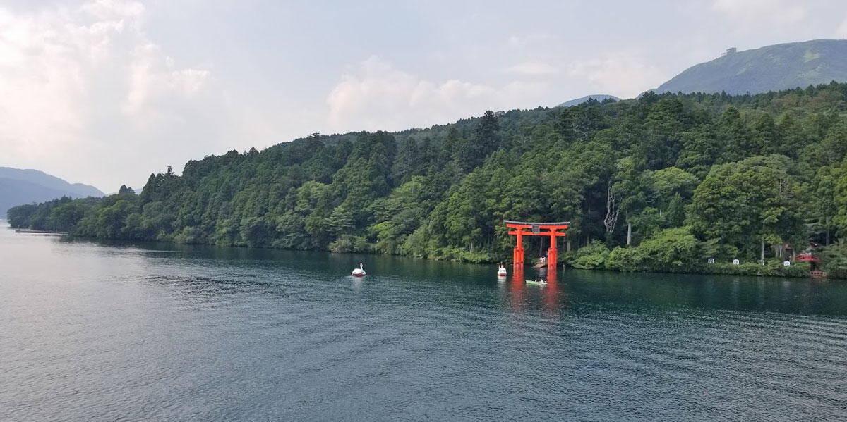 Lake Ashi in Hakone Luxury Travel Japan